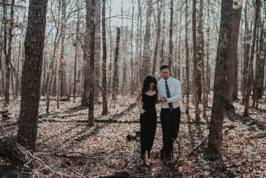 engagement, engagement-photos, tennesee, tennessee-photographer, tennessee-engagement, tennessee-engagement-session, pnw-photogrpher, seattle-engagement-photographer, chicamauga-battlefeild, engagement-session, engagement-ring,