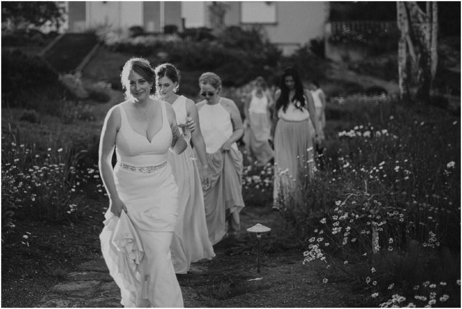 Vashon-Island-Wedding, Vashon-Wedding, Vashon-Wedding-photos, Seattle-Wedding-Photos, Seattle-Wedding-Photographer, Vashon-Wedding-Photographer, Pond-Wedding-Photos, Vashon-Island-Wedding-Photography, Vashon-Wedding-Venue, Kendra-K-Photo, Mt-Rainier, Island-Wedding,