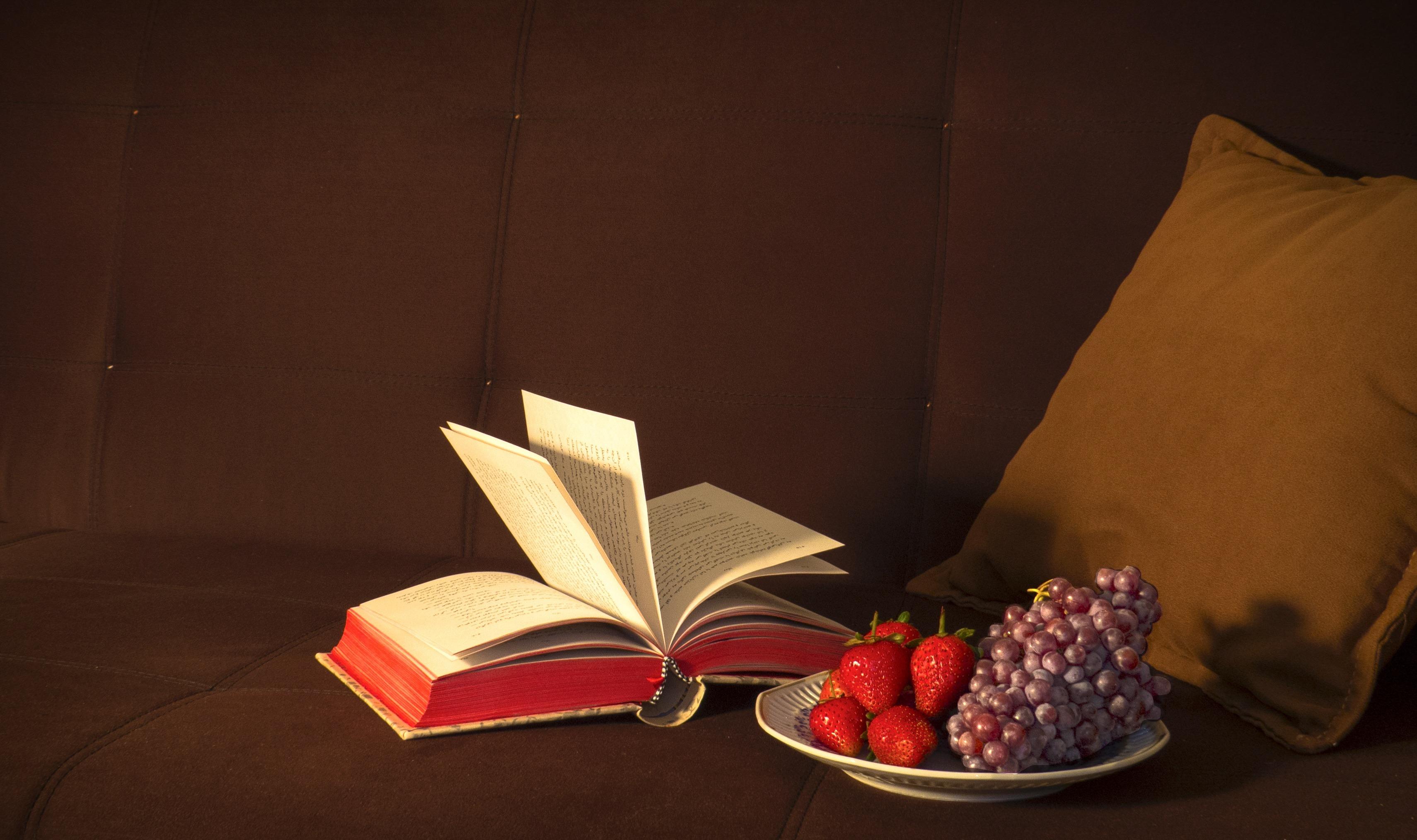 Books: The Sixth Love Language