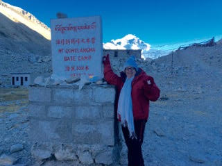 Gloria, Meetup: Gloria – 70+ Year Old Senior Backpacker – You're Never TOO OLD to Travel