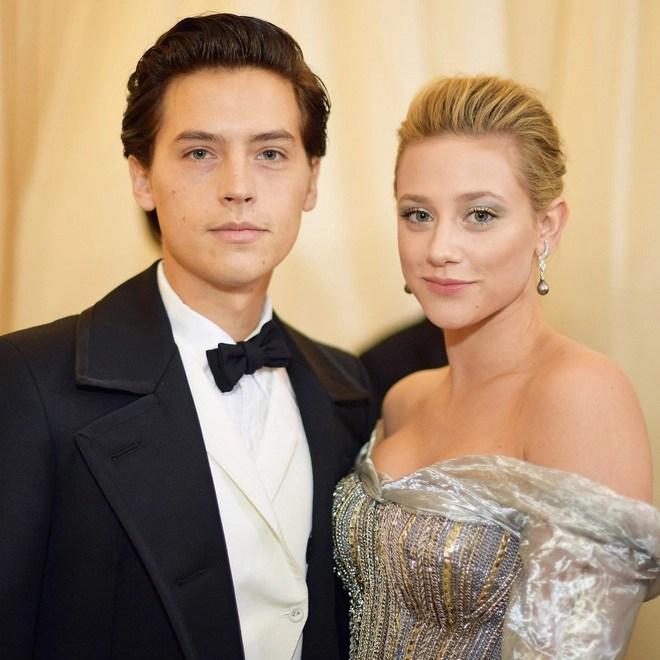6 cặp đôi 9X đáng ngưỡng mộ nhất Hollywood: Mối tình của Justin hay Miley không xúc động bằng sao nhí Zack & Cody - Ảnh 18.