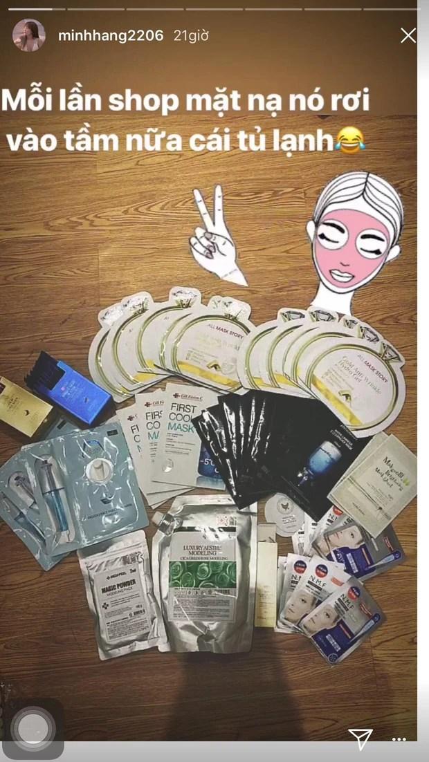Đã mua là mua cả tá, tranh thủ đắp bất kỳ lúc nào rảnh: 9 mỹ nhân Vbiz là fan cứng của mặt nạ giấy - Ảnh 2.