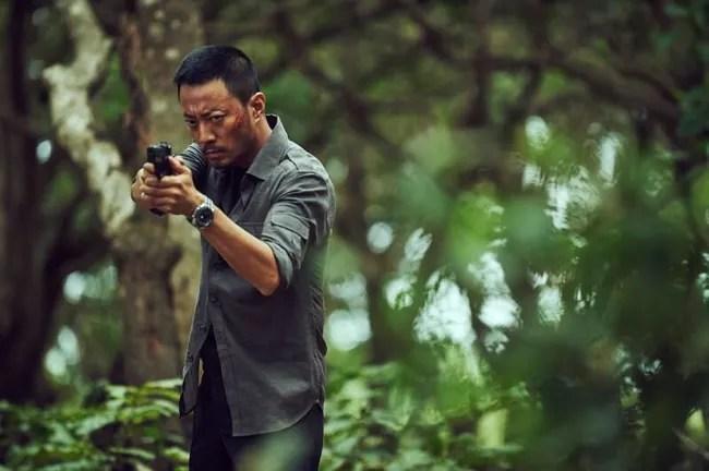 Nghẹt thở suốt 2 tiếng truy đuổi tội phạm ma túy trong Operation Mekong - Ảnh 2.