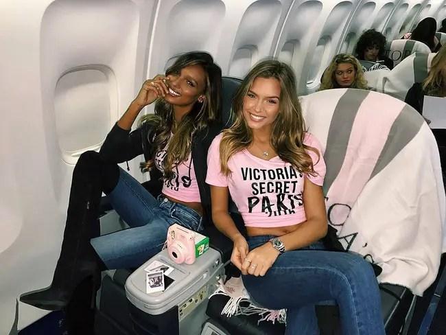 Dàn thiên thần Victorias Secret tưng bừng lên đường sang Paris chuẩn bị cho VSFS 2016 - Ảnh 5.