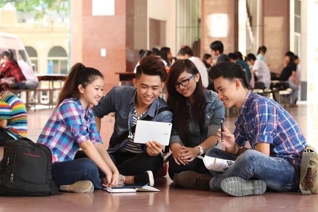 Bí quyết học đi đôi với hành trong môi trường đại học - Ảnh 1.