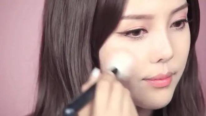 Khoa học đã chứng minh, makeup không chỉ khiến bạn đẹp mà còn giúp chống ung thư! - Ảnh 5.