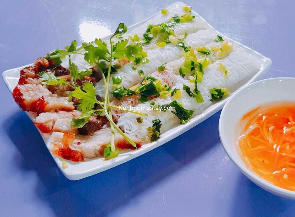 20 Địa chỉ bán heo quay - Tiệm bánh hỏi heo quay ngon nhất Sài Gòn TPHCM