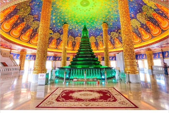 泰國曼谷佛寺   水門寺(巴南寺)Was Paknam,網美必去超美超好拍的室內琉璃佛塔、曼谷三級的皇家寺廟。