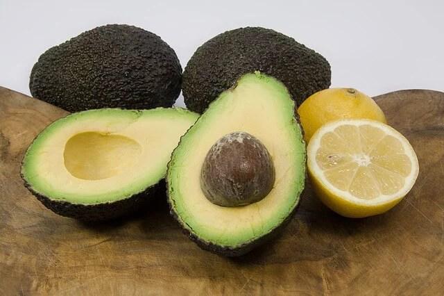 カロリーあるのにダイエットにも効果あり!アボカドで痩せるレシピ5選