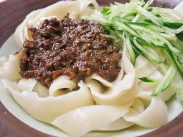 ジャージャー麺を簡単アレンジして、料理の幅を広げよう!
