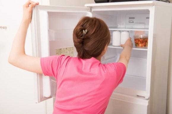 夏と冬とで冷蔵庫の設定温度を変えたほうがいいの?