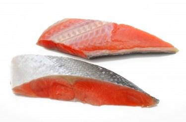鮭の切り身の賞味期限はどのくらい?上手な冷凍・解凍方法