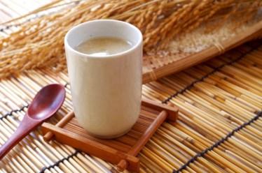 甘酒は麹によって生きてる酵素が違う、その発酵方法とは?