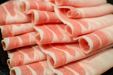 美味しい豚肉の薄切りを使ったカロリー控えめの料理をご紹介