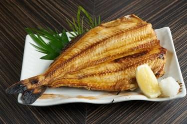 電子レンジのオーブン機能で焼き魚が簡単ジューシーに出来る