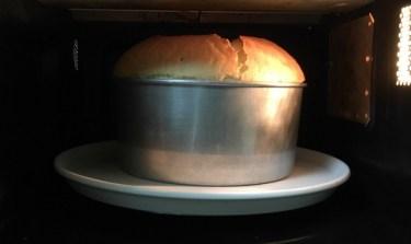 超時短!電子レンジで簡単お手軽スポンジケーキを焼くレシピ