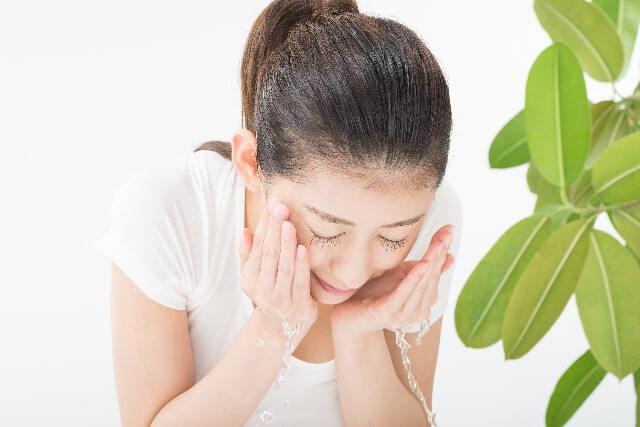 顔の毛穴の掃除はまめにしたいけど頻度や方法は?