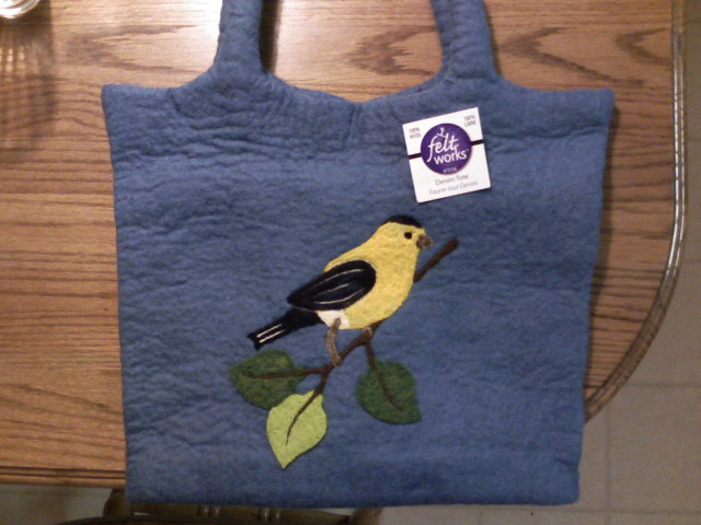 goldfinch-tote