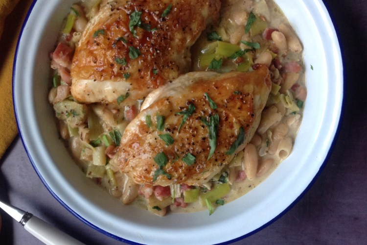 Baked Chicken with Creamy Smoked Bacon and Tarragon Cannelinni Beans
