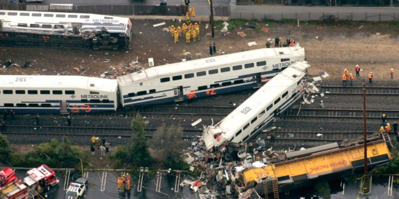2005 Glendale Metrolink train derailment, aerial view, showing locomotive of second train