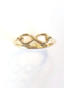 20170717 122916 - Petite Gold Infinity Ring
