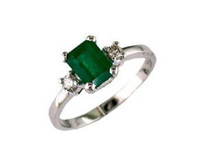 W3750EM - Emerald and Diamond Ring