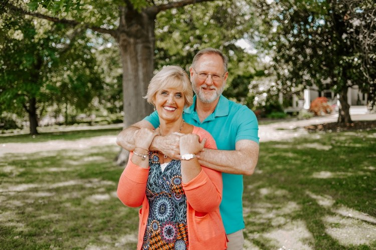 Meet Kenny and Joann, Your Health Coaches for going more raw to restore energy and immunity and getting healthy on a budget