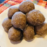 Raw Vegan Donut Holes