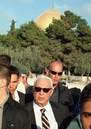 Ariel Sharon na Esplanada das Mesquitas (30set2000)