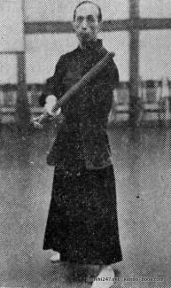 Sasamori sensei's chudan-gasumi kamae