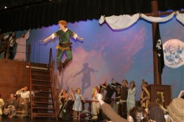 Peter Pan - Peter Pan Flying