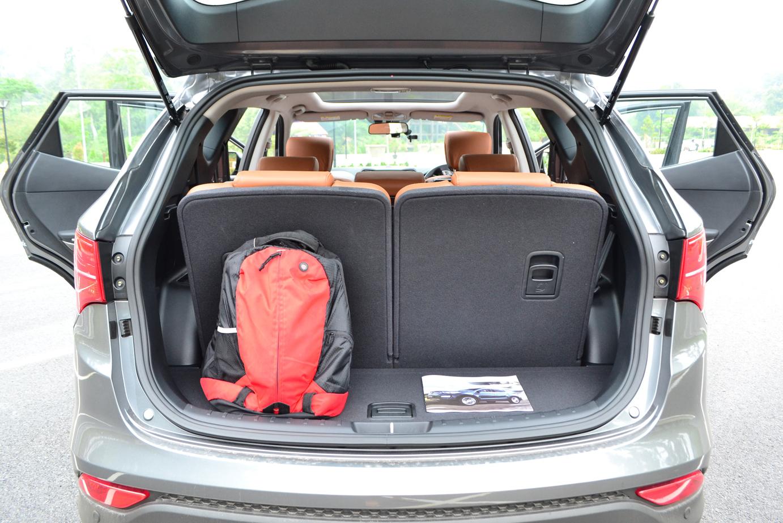 Hyunda Santa Fe Vs Nissan X Trail Vs Kia Sorento