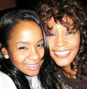 Whitney-Houston-Bobbi-Kristina-350x359