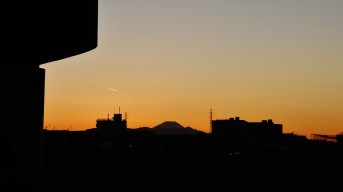 16. Fuji sunset Futako Tamagawa