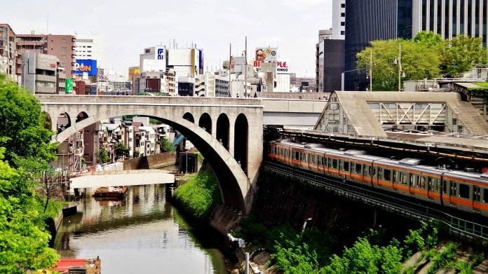 Mizonokuchi arch bridge
