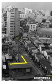 shinjuku-old-toden-streetcar-park-path-golden-gai-1968