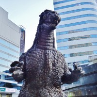 Hot on the monster's tail: meeting Godzilla ゴジラ in Tokyo