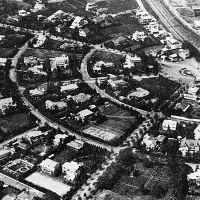 "(4) Denenchofu: Japan's first ""garden city"" 田園調布の歴史"