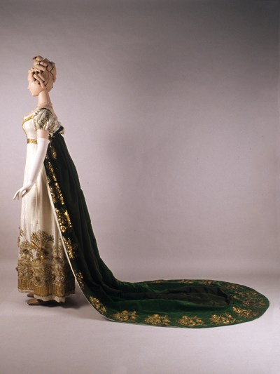 Full profile view of evening dress and court train. KSUM 1983.1.2011 and KSUM 1986.97.28. Collection of the Kent State University Museum.