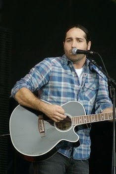A conversation with country newcomer Josh Thompson