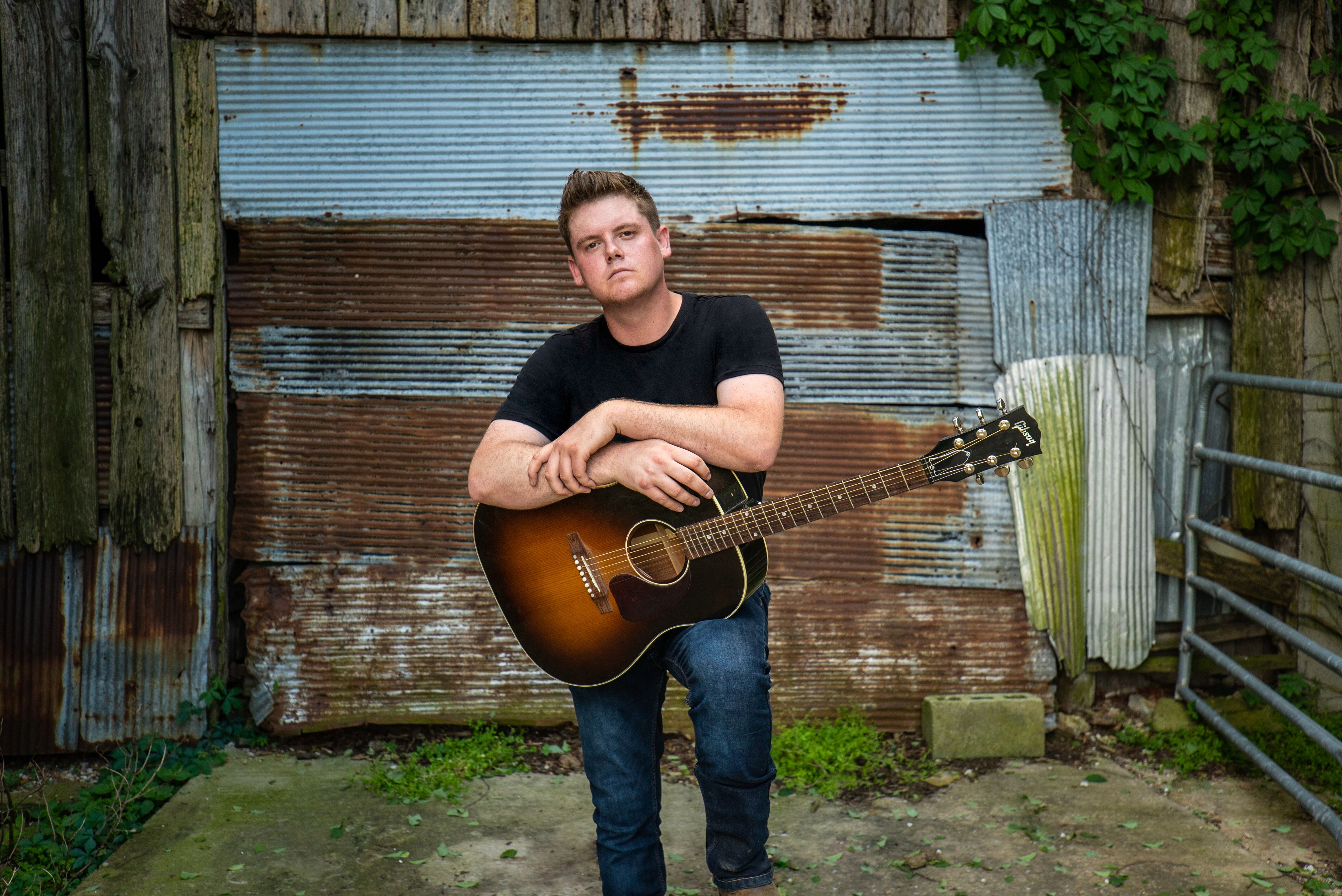 Dustin Collins proves country music is not dead with new song