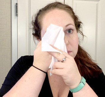 face-wipe