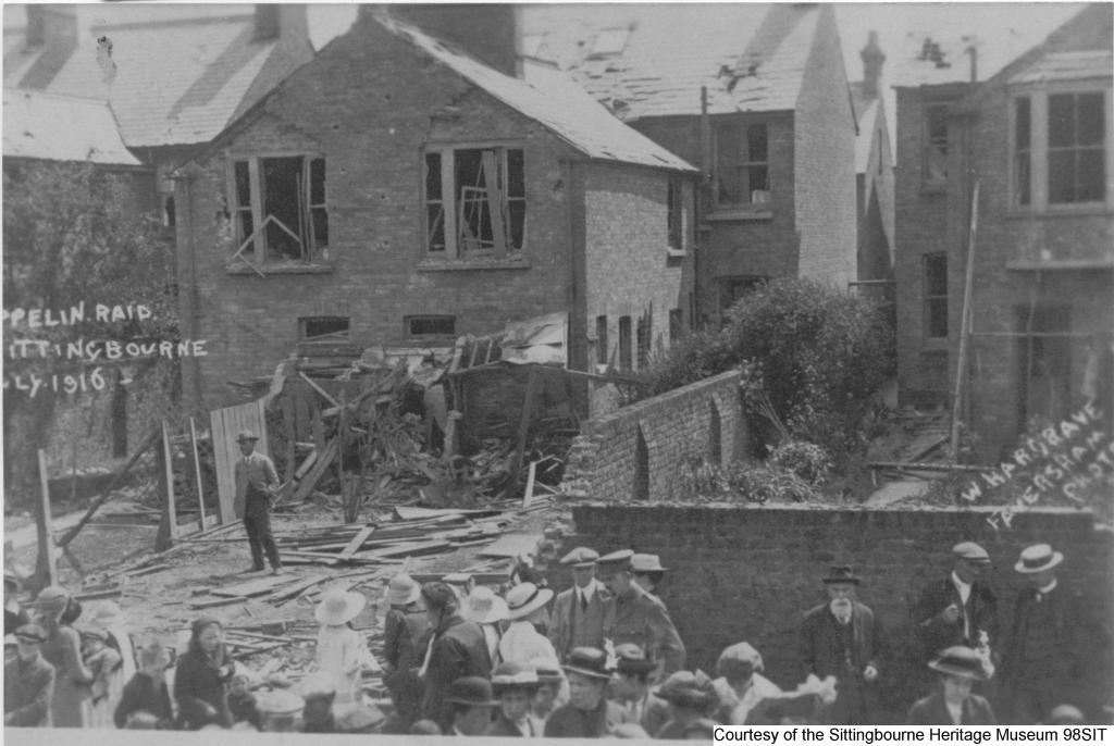 98SIT - Bomb damage – Unity Street  Park Road June 1915
