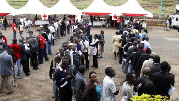 Hundreds of Kenyans heeded appeals on Twitter and Facebook to donate blood for the victims of the attack