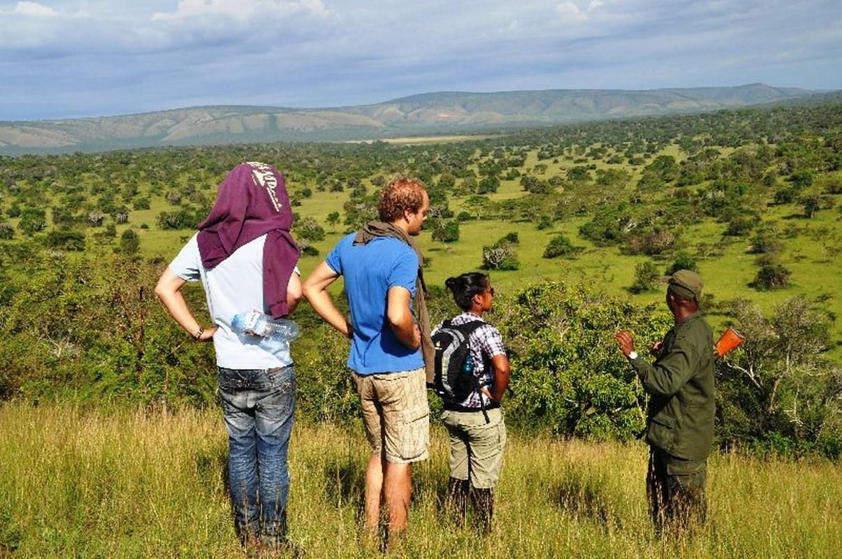 Walking Safaris in lake mburo national park