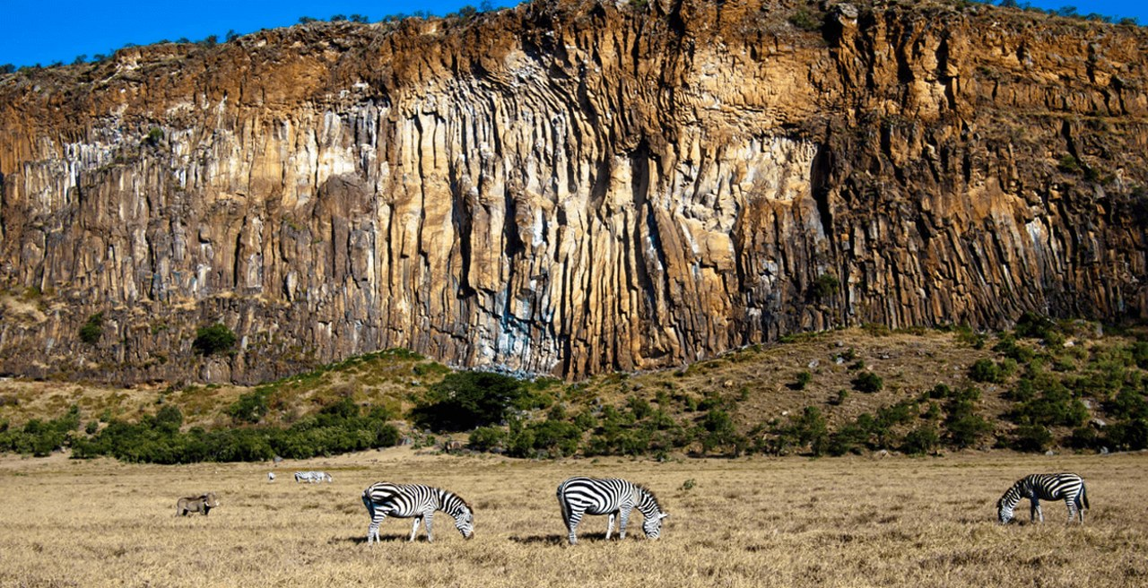 Wildlife Viewing Hell`s Gate National Park