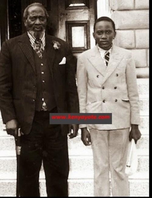 uhuru kenyatta with dad