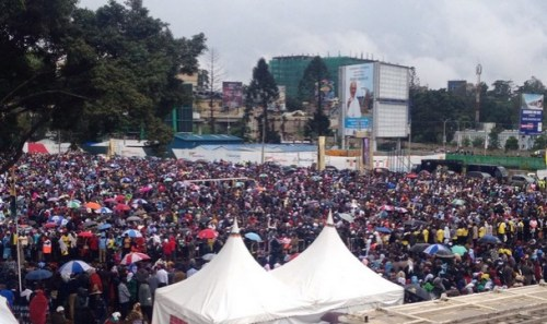Christians at UON for papal mass