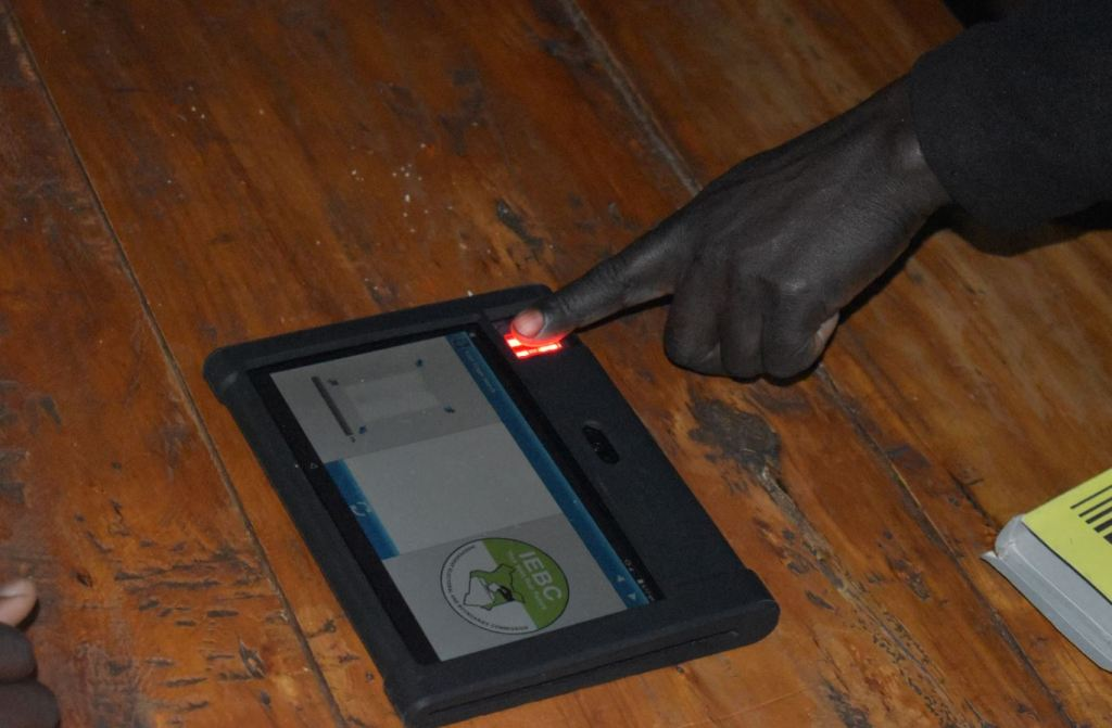 IEBC 2021 voter registration job for clerks, assistant and ICT