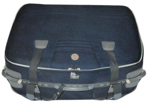 Az ausztrál rendőrség által kiadott fotón a bőrönd látható, amelyben Annabelle Chent találták